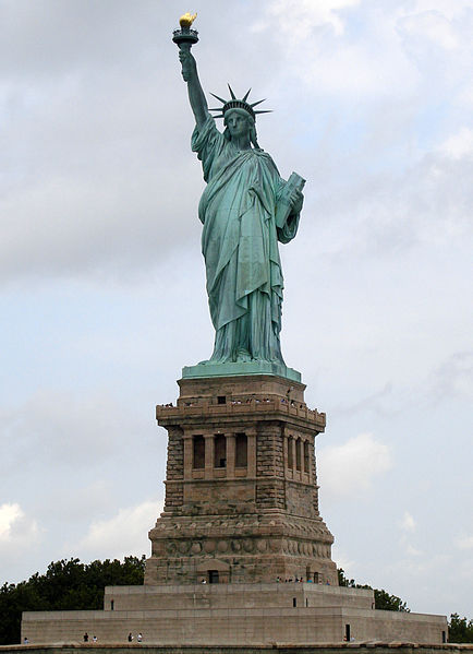 434px-Statue_of_Liberty_7[1]