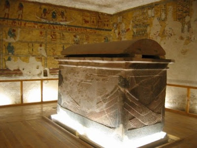 Tomb of Aye[1]